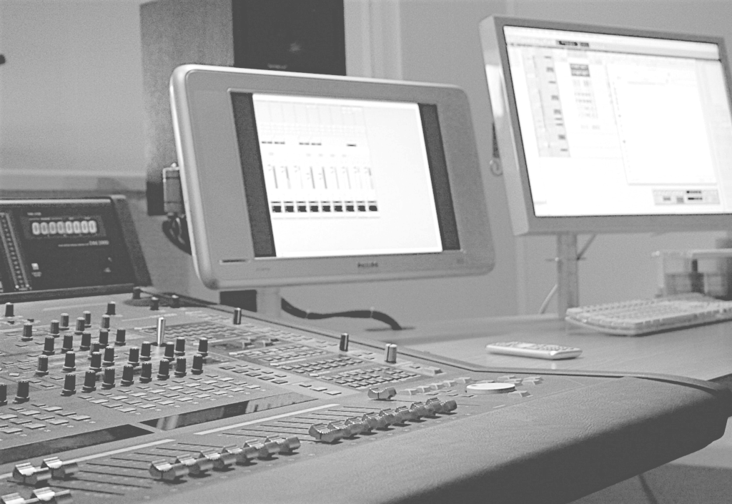 Studio Thrills Music & Sound